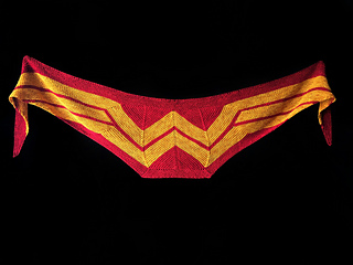 Mini-wonder-woman-wrap_36634963945_o_small2
