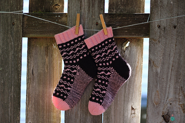 Indie Design Gift Along 2018 Sock Patterns 9