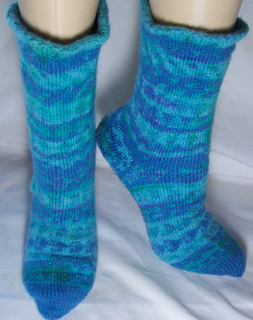 Color_work_socks_small2