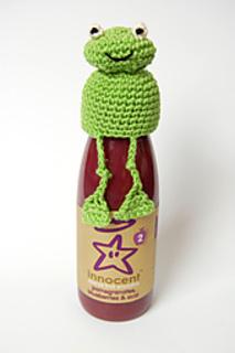 Frog_crochet_hat_small2