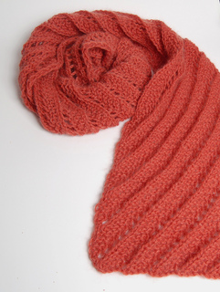 Red_ridge_scarf_vertical_small2