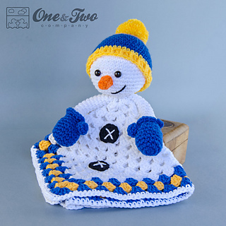 Snowman_security_blanket_01_small2