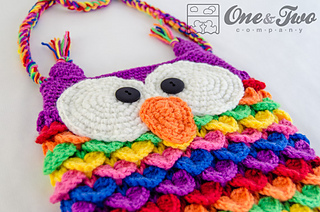 Colorful_owl_pruse_pattern_03_small2