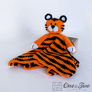 Tiger_security_blanket_01_small2