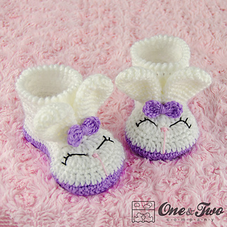Olivia_the_booties_toddler_crochet_pattern_01_small2