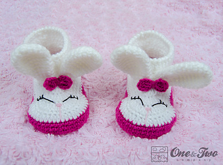 Olivia_the_booties_child_crochet_pattern_01_small2