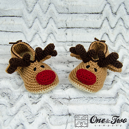 Ravelry: Reindeer Booties for Child pattern by Carolina Guzman