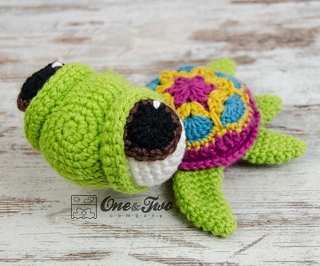 Amigurumi Turtle Pattern : Ravelry bob the turtle amigurumi pattern by carolina guzman