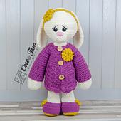 Blossom_the_big_bunny_amigurumi_crochet_pattern_01_small_best_fit