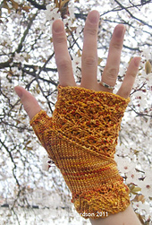 Gold_hester_right_hand_blossom_small_best_fit