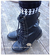 Houndstooth_boot_cuffs_rav_small_best_fit