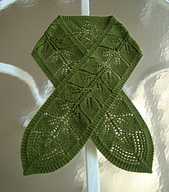Lace_leaf_scarf__01_blocked_small_best_fit