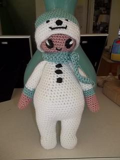 Noonoo_in_her_snowman_suit__1__small2