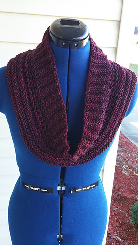 Burgundy_cowl_2_medium