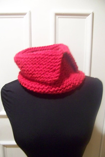 Red_cowl3_small2