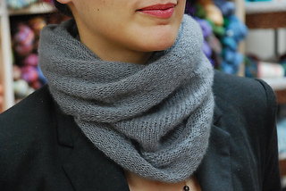 Superior Cowl pattern by Patricia Scribner