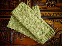 Criss_cross_mitts_final_small
