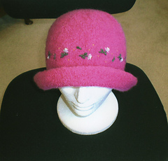 Pink_hat003_small