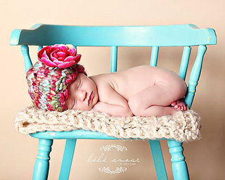 Leslie_pink_blue_hat_2_small2