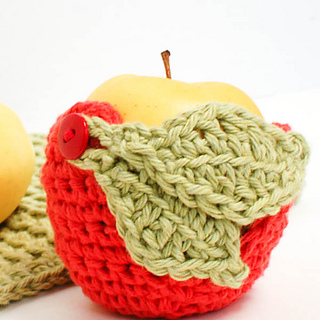 Crochet_apple_cozy__1_of_1__small2