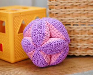 Crochet_clutch_ball_pattern__5_of_5__small2