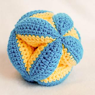 Crochet_clutch_ball_pattern__1_of_5__small2