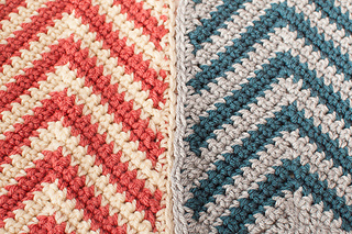 Chevron_ripple_scarf_crochet_pattern-5_small2