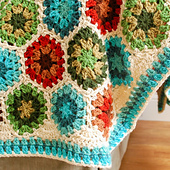Square_-_granny_hexagon_afghan_border__3_of_5__small_best_fit