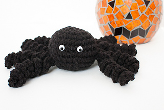 Halloween_spider_crochet_pattern-2_small2