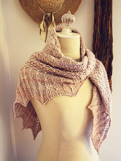 Dots_shawl_2_small2