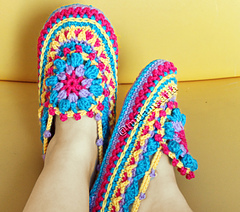 Slippers-front-side-c_small