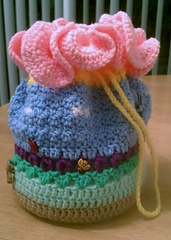Spring_garden_purse_001_small