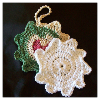 Christmas_scrubbies_001d_-_snowflake_small2