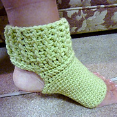 Quick___easy_yoga_socks_ravelry_001_small_best_fit