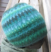 Green_wood_hat_small_best_fit