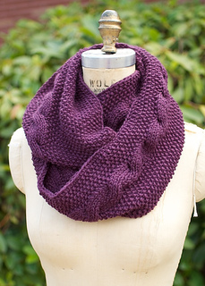 Cable_loop_cowl_1_small2