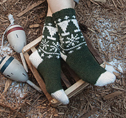 Snowy-pines-sock_small_best_fit