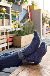 La_ville_d_amour_socks-1_small2