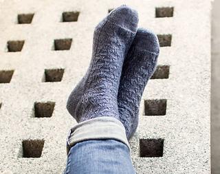 La_ville_d_amour_socks-2_small2