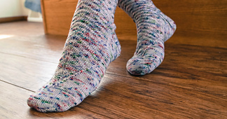 Directional_socks__3_of_3__small_best_fit