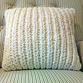 Fisherman_s_rib_accent_pillow_small_best_fit