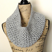 Mesh_lace_cowl_cg_small_best_fit
