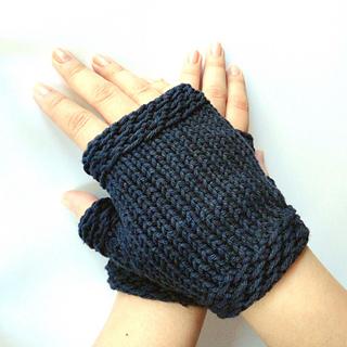 Easy_fingerless_gloves_2_small2