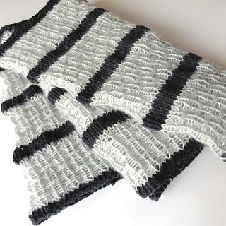 Striped_affair_infinity_scarf_3_small2