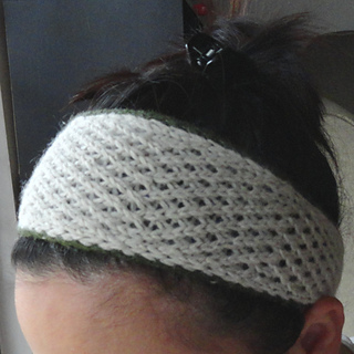 Ravelry: Easy Day Knitted Headband pattern by Linda Thach