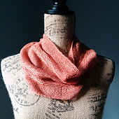 Chevron_linen_cowl_800x800_small_best_fit