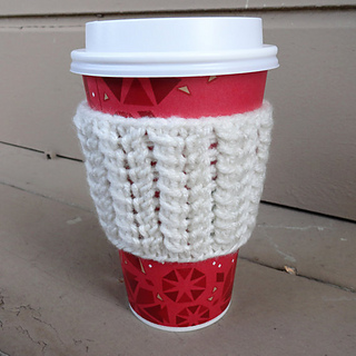 Spine_stitch_coffee_cup_sleeve_white_small2