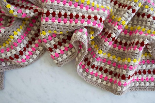 Granny-stripe-scarf-600-12-662x441_small2