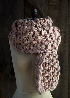 Eleventh-hour-scarf-gentle-giant-600-13_small2