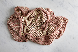 Two-color-cotton-cowl-600-10-661x441_small2